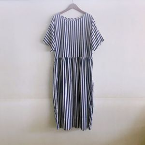 Gather Skirt Dress ネイビーストライプ / Yarmo