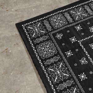 ブラック:160×120
