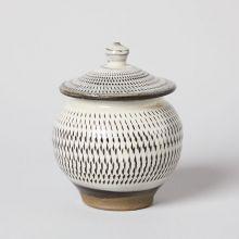 とび鉋のうるか壺 / 小袋窯 - 小鹿田焼