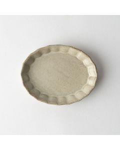プリーツ楕円小皿 ベージュ