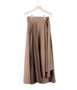 ATON BELTED WRAP PLEATS SKIRT / BROWN