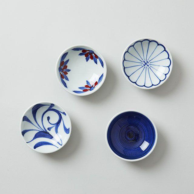 梅山窯 砥部焼の豆皿 菊紋