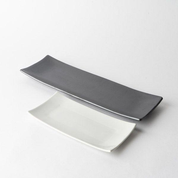 秋刀魚皿 黒釉