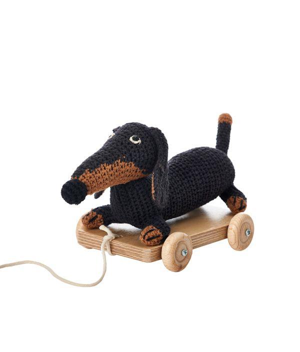 small dachshund pull toy dog car