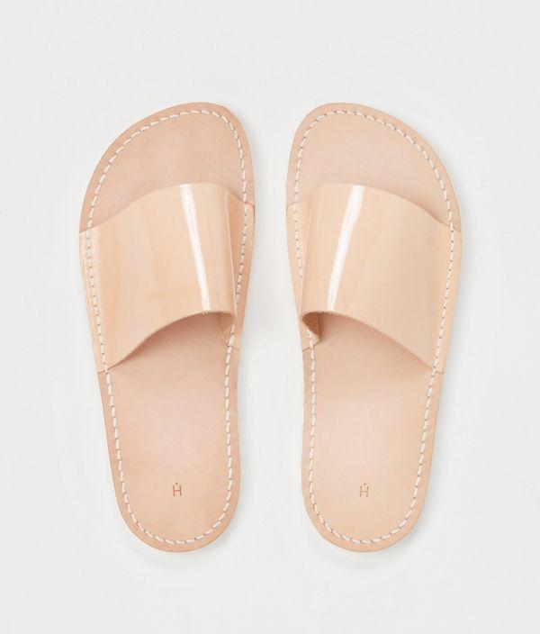 Hender Scheme atelier slipper / patent natural/2