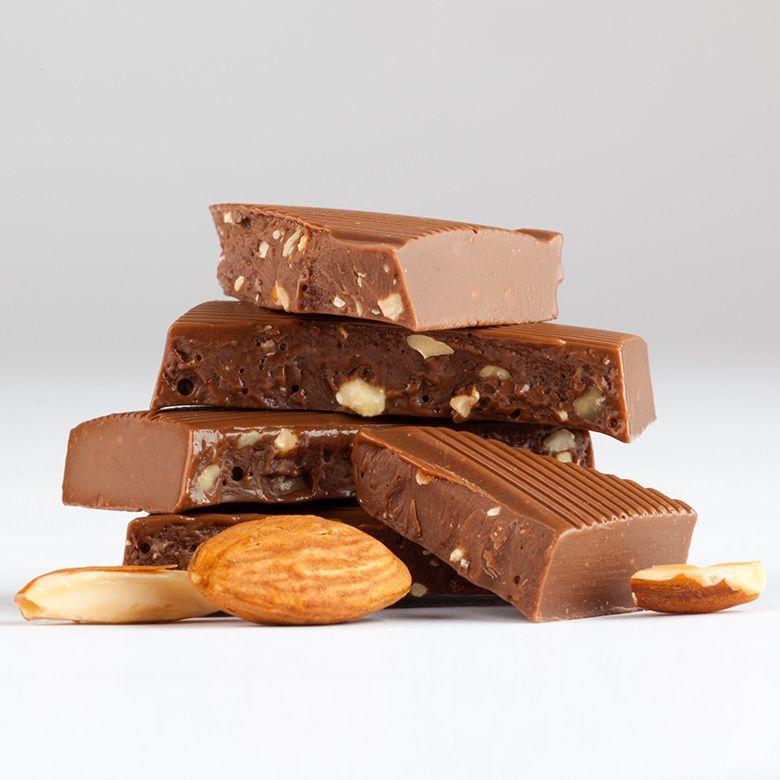 DEAN & DELUCA アーモンドミルクチョコレートバー