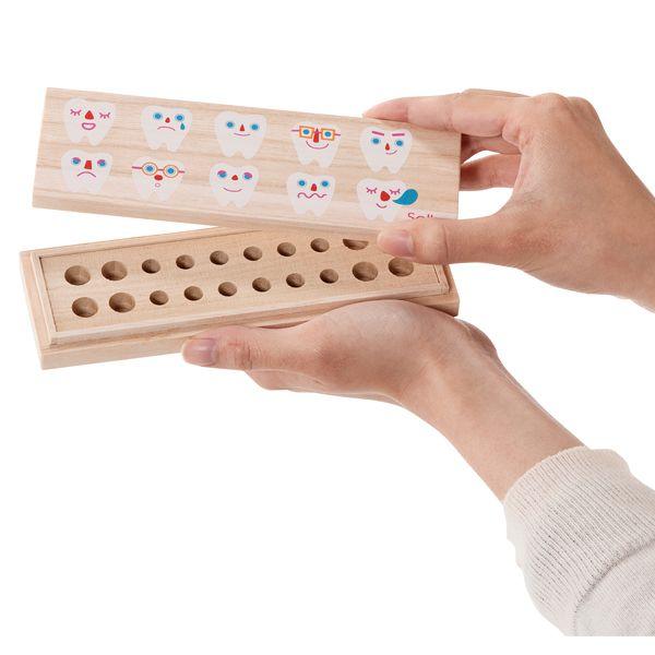 桐は防虫効果や湿度を一定に保つ特性を持つため、大事なお子さまの乳歯の保管にぴったり。