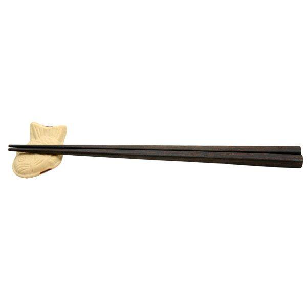 本物そっくりなたい焼きの箸置きです。※箸は付属しておりません。