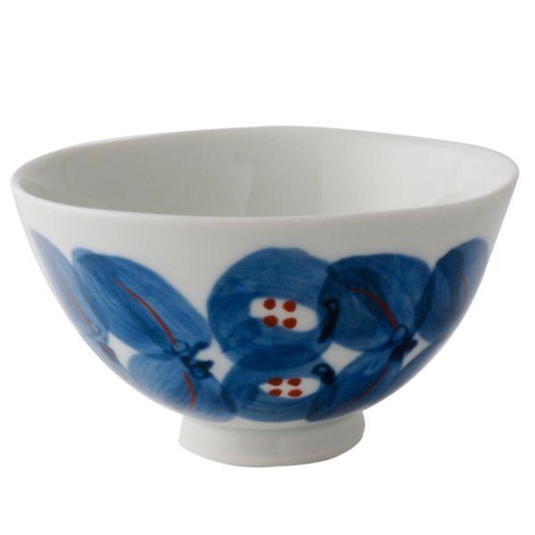 白と青のコントラストが美しい飯碗です