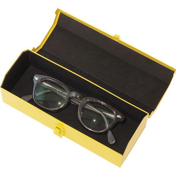 起毛素材でメガネも傷つきにくくなっていいます。