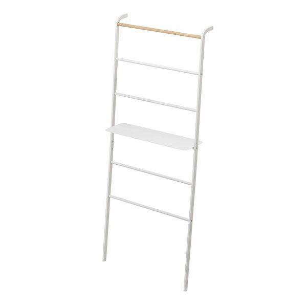 棚板は3ヶ所で組立て可能。