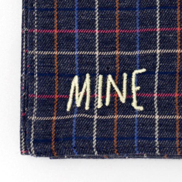 オリジナルの刺繍ハンカチ mine