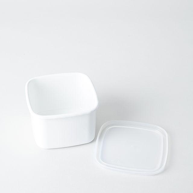 野田琺瑯 ホワイト・シリーズ スクエア(シール蓋付) S