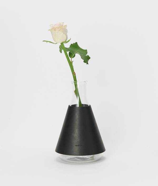 化瓶:Erlenmeyer flask 1000ml Black / Hender Scheme(エンダースキーマ)