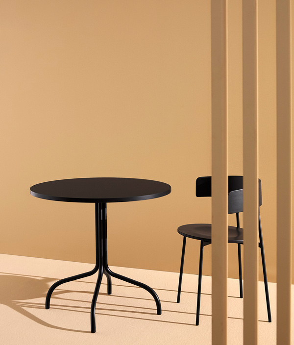 FRIDAY BISTRO TABLE <Black>