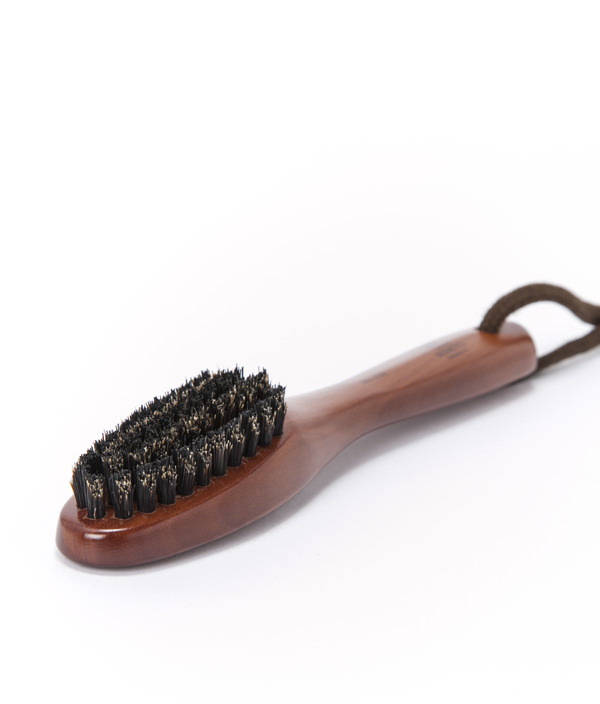 MAINTENANCE BRUSH