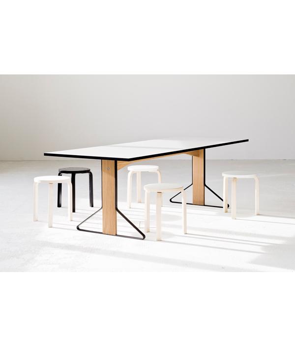 KAARI 002 DINING TABLE/ブラックリノリウム/ナチュラルオーク