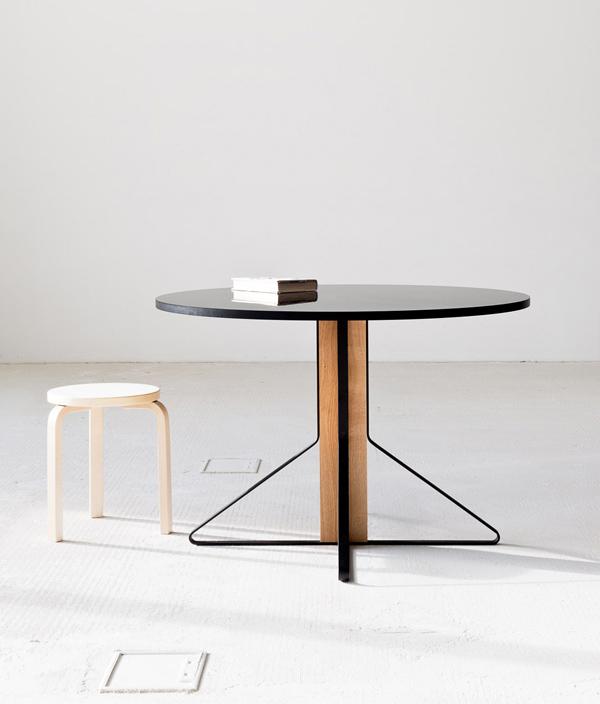 KAARI 004 ROUND TABLE/ブラックリノリウム/ナチュラルオーク