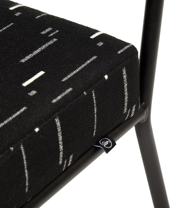 MONDAY DINING CHAIR / With Arm/MODE-black3.2