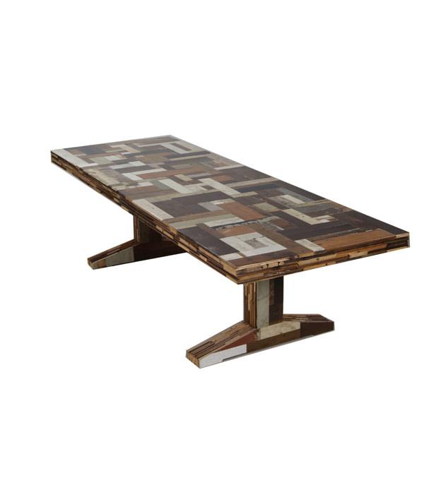 SCRAPWOOD PILING TABLE