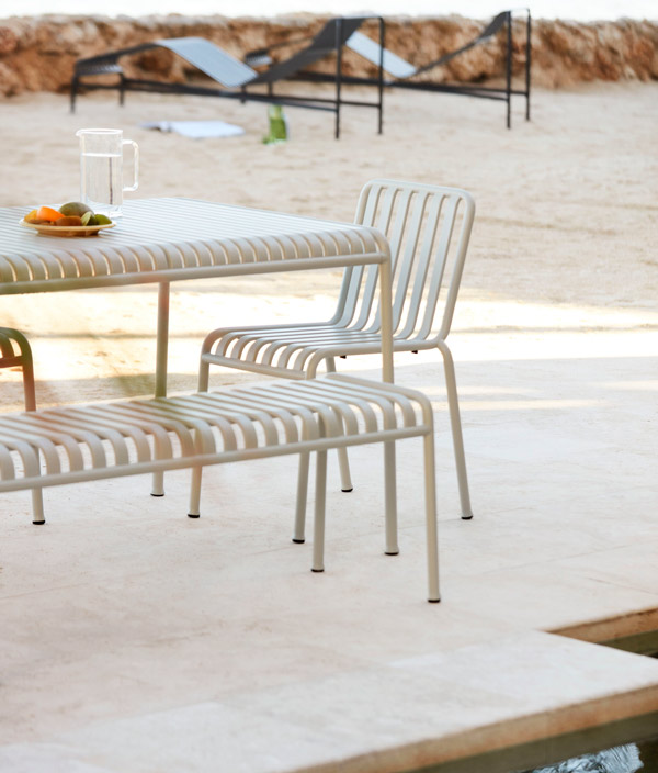 PALISSADE DINING TABLE / ライトグレー