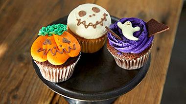 [週末限定]ハロウィン限定のカップケーキ