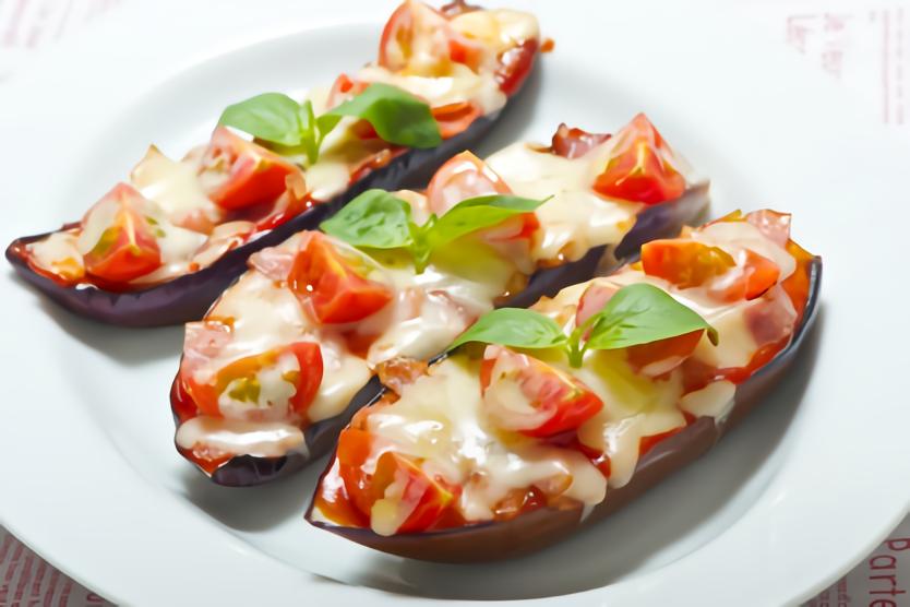 なすのイタリアンピザ