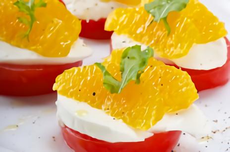 トマトとオレンジのカプレーゼ