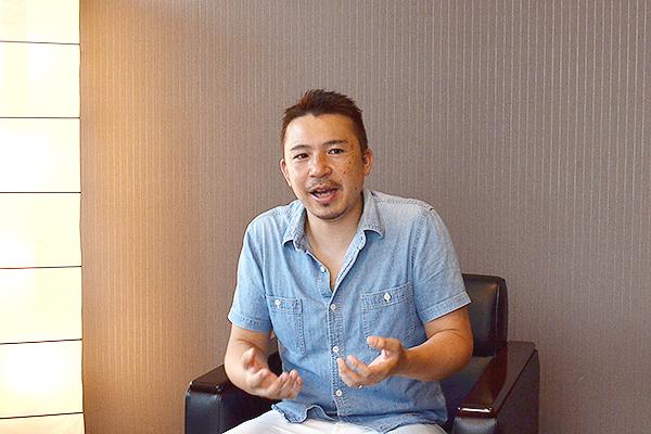 メディア&ソリューション事業部 マーケティング部 コンテンツグループ クリエイティブディレクター 関戸 寛さん