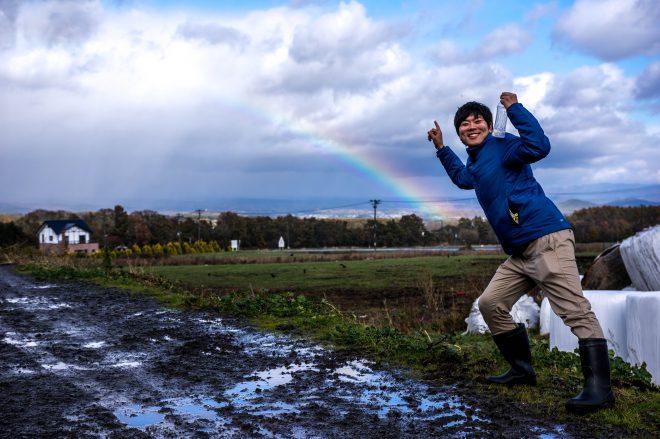 酪農体験が終了した後に、松本牧場から見えた虹。