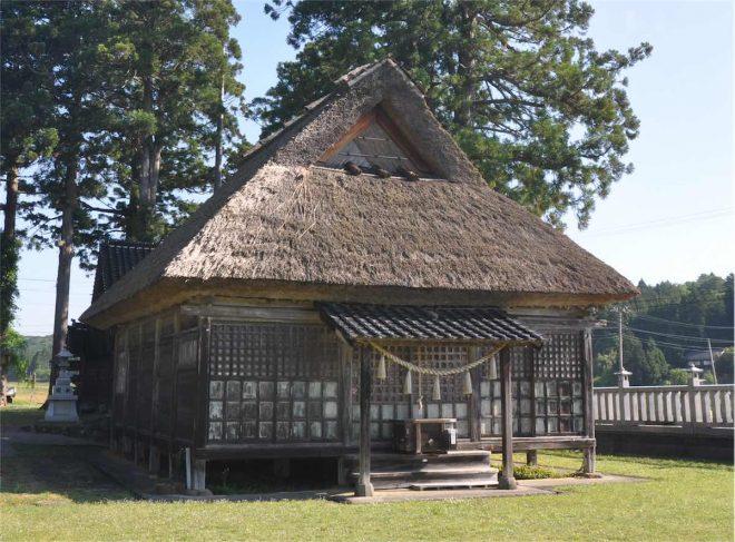 石川県の重要文化財建造物に指定されている拝殿
