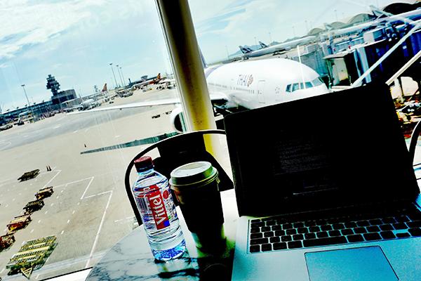 空港で仕事
