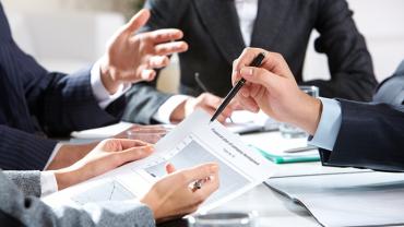 プロジェクトマネジメントのコンサルを外注する前に、知っておきたいコンサルのメリットや選び方