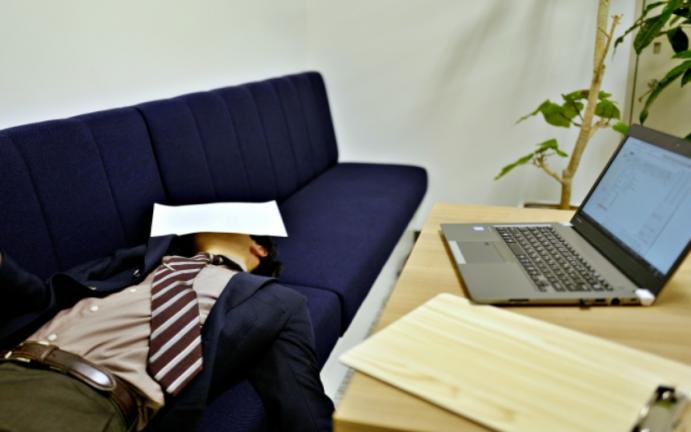 残業が減らない原因は?効率的な職場環境にするために