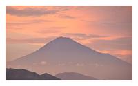紅霞富士を覆う
