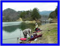 ダム湖の釣り
